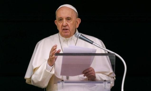 Paus Fransiskus Jalani Operasi Akibat Radang Usus Besar